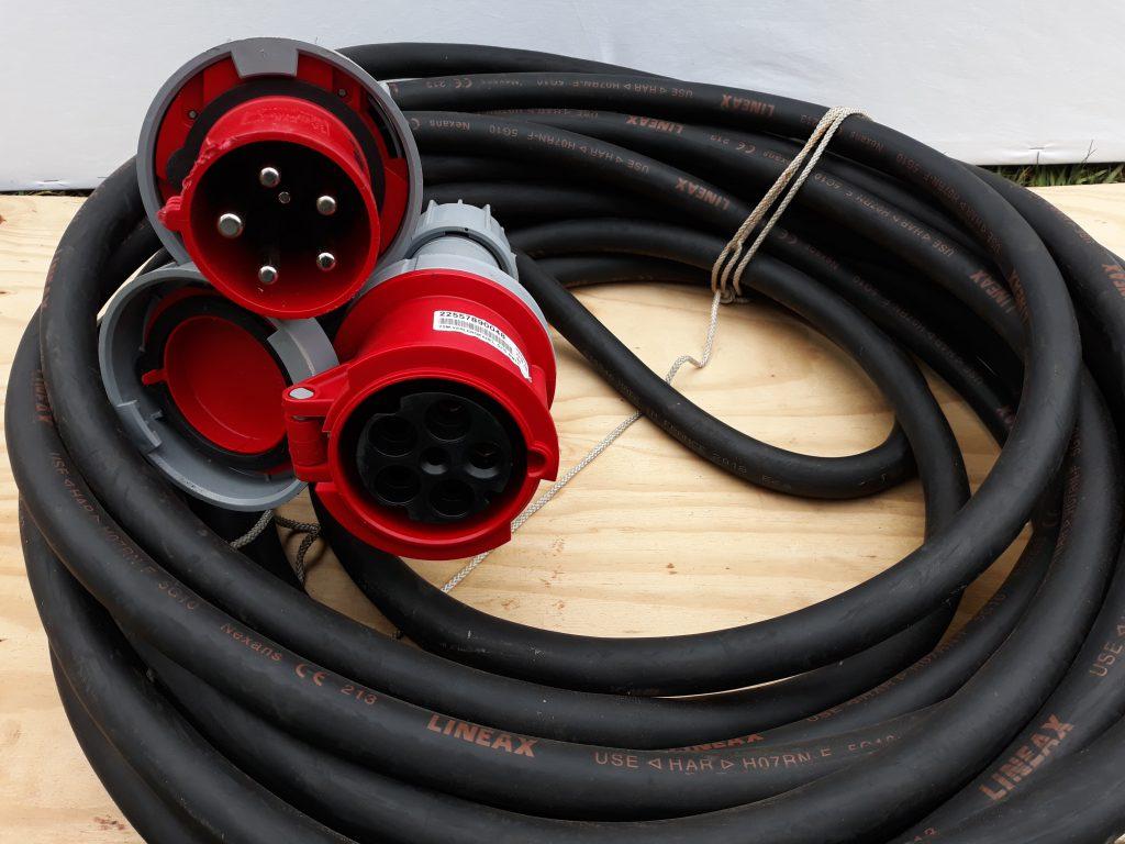 Verhuur Kabels : CEE 400v-63A 5 polig lengte 25m.